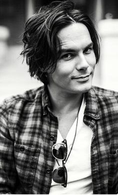 I think I'm in love with Tyler Blackburn..