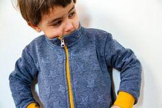 Jak ušít dětskou mikinu na zip - návod (FOREST) - Prošikulky. Pdf Sewing Patterns, Bomber Jacket, Take That, Zipper, Sweatshirts, Closer, Jackets, Website, Fashion