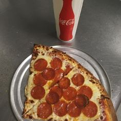 Husker Game Day Eve!! Start it out right with lunch at the pizza shop! #buylocal #fresh #pizza #handtossed https://www.instagram.com/p/BZ6aPlqF1mm/ via http://lazzarispizzasouth.com/36152