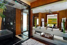 Lotus Villa Master Bathroom - Spa
