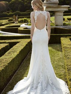 2016 Blue by Enzoani, Ingwiller, Back View