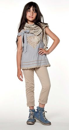 TWIN-SET Girl collection: Embroidered top, trousers, mesh scarf and sneakers