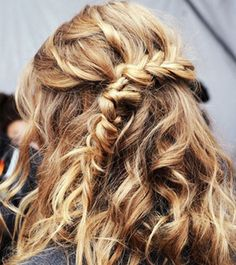 You don't have to be a pro to pull off these perfectly imperfect hairstyles. Get inspired by these gorgeous messy braids we spotted on Pinterest..