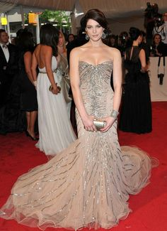 Ashley Greene in this sparklingly, beautiful Donna Karan strapless gown,  at 2011 Met Ball.