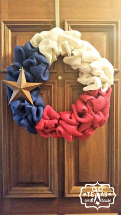 {Texas Craft House} Burlap Texas Wreath with Rustic Star