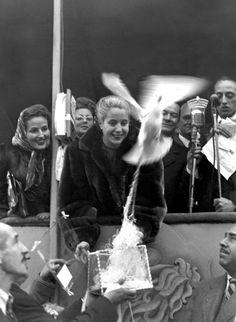 """""""Evita""""(Eva Duarte de Peròn) lider del partido justicialista, abanderada de los humildes."""