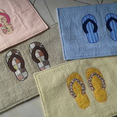 Teen Sewing Projects, Sewing Hacks, Sewing Crafts, Applique Monogram, Applique Embroidery Designs, Beach Themed Quilts, Clip On Tassel Earrings, Diy Bags Purses, Crochet Flower Patterns