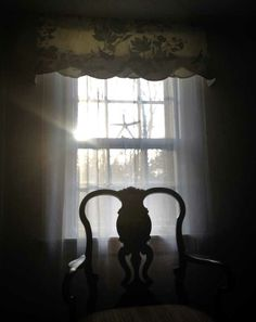 Light through the living room window at the Morninggloryinnmaine.com