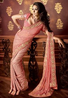 The best combination - simple, pink, polka dots! :) #indian #wedding #saree