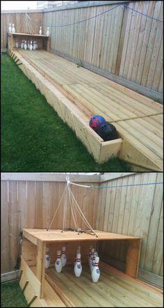 27 Creative DIY Backyard Games For Inexpensive Outdoor Fun Incredible Backyard DIY Bowling Lane Backyard Games, Backyard Landscaping, Backyard Bbq, Backyard Playground, Lawn Games, Backyard Movie, Garden Games, Playground Ideas, Toddler Playground
