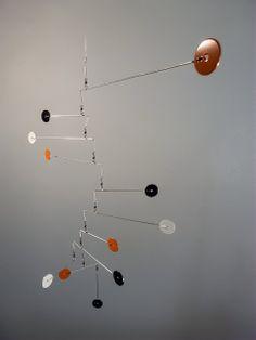 Art Mobile 76 - Orange Black White