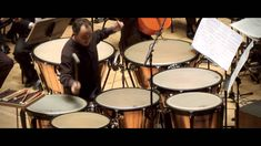 Philip Glass - Orquesta de Valencia: Concierto Fantasía para Timbales 12 TIMPANI!!! WHAT!! Love this!!!!