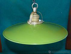 ANTIGUA LAMPARA ESMALTADA - DIAMETRO DE 25,5 CM.  ==== EN VENTA ==== estalcon@gmail.com