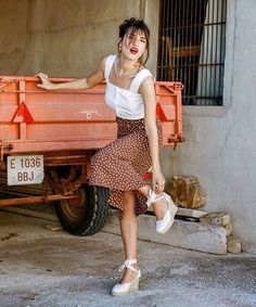 How French Girls Dress For Summer | sheerluxe.com Jeanne Damas, French Girl Style, French Girls, French Style Fashion, French Lady, French Women Fashion, French Riviera Style, New Girl Style, French Fashion Designers