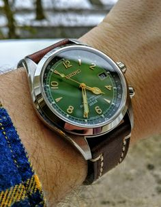 [Seiko] Alpinist longing to be out in the snow http://ift.tt/2G70eTi