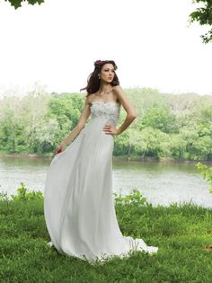 Ivory White A-line Chiffon Empire Floor Flowers Kathy Ireland by 2be - Bridal Spaghetti Straps Strapless Wedding Dresses Photos & Pictures - WeddingWire.com