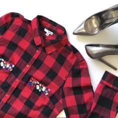 BOGO PLAID EMBELLISHED BUTTON DOWN SZ M Beautiful button down top with cute rhinestones on pockets. Mint condition. Never worn. jcpenney Tops Button Down Shirts
