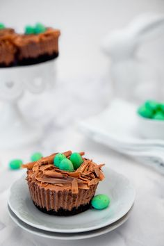 Chocolate Nests, Easter Chocolate, Like Chocolate, Melting Chocolate, Oreo Cheesecake, Chocolate Cheesecake, Mini Cakes, Cup Cakes, Buttercream Recipe