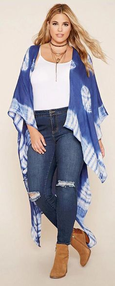33ec88d3217e9 Plus Size Tie-Dye Shawl  plussizedressesideas Plus Size Summer Fashion
