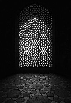 Delhi - Humayun's Tomb - Black and White by dixie_law on Flickr