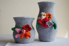 #crochet #vase covers with #flowers  by the lovely Lisette!