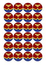 Imagem relacionada Wonder Woman Birthday, Wonder Woman Party, Wonder Woman Logo, Pink Nation Wallpaper, Party Themes, Sticker, Superhero, Ideas Party, Kitty Party