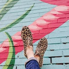 Kicking up my feet because it's Friiiiday ❤️💕💃🏻 These leopard print shoes from have been on heavy rotation since Spring. So very comfy, but c'mon, even if they weren't, how could anyone resist a fab animal print shoe! How To Stretch Shoes, How To Make Shoes, High Heel Protectors, Leopard Print Shoes, Shoes Too Big, Old Shoes, No Show Socks, Dream Shoes, Dress And Heels