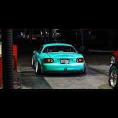 "topmiata: ""@ramon433 / @mk2_ashwood photography %0Awww.TopMiata.com | #TopMiata #mazda #miata #mx5 #eunos #roadster"""