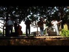 Custom Made Bluegrass – Streets of Bakersfield – Shaker Village | Kentucky area Bluegrass Music