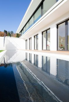 The reflections on the water surface offer beautiful views of the building.
