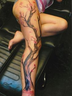 Full leg tattoo  I don't know why but I'm completely in love with this tattooooo!