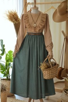 Cute Casual Outfits, Modest Outfits, Pretty Outfits, Pretty Dresses, Old Fashion Dresses, Skirt Fashion, Muslim Fashion, Hijab Fashion, Fashion Outfits