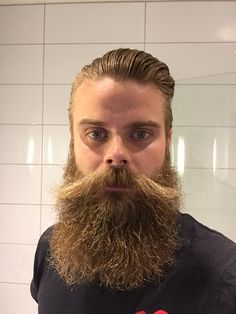 Visit Ratemybeard.se and check out @magnusson_jonas - http://ratemybeard.se/magnusson_jonas-2/ - support #heartbeard - Don't forget to vote, comment and please share this with your friends.