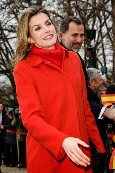 Queen Letizia of Spain and King Felipe VI of Spain say hello to supporters at Schloss Bellevue, Presidential Pallace, on 01.12.2014 in Berlin, Germany.