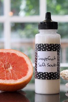 Homemade Grapefruit Soft Scrub Recipe - Gently wipes away grime just as well as store brands!