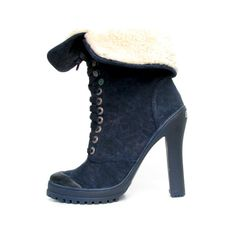 Kevoik Bootie Navy Ideal for Quebec (Canada).