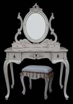 dressing table, I NEED this. It's not even a want, I MUST have.