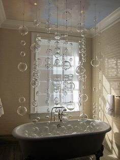 Clear Hanging Glass Globe Balls -- 100mm