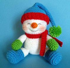 PDF CROCHET PATTERN for Reading Snowman