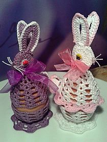 Easter Crochet Patterns, Christmas Wreaths, Christmas Ornaments, Easter Treats, Diy Wreath, Spring Crafts, Goodies, Decoupage, Knitting