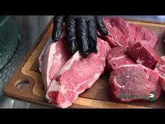 Dr. BBQ shows us how to pick the perfect steak to cook on the Big Green Egg!