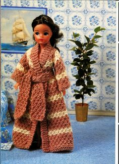 Simple Knitting Patterns For Scarves : 1000+ images about Sindy Doll Knitting Patterns on Pinterest Knitting patte...