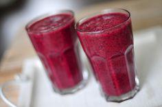 fruit smoothie met bosbessen en framboos