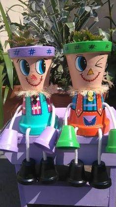 Risultati immagini per bonecos de vasos de ceramica