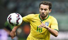 O Flamengo está muito próximo de contratar Éverton Ribeiro e não medirá esforços para isso, o clube deve selar a contratação nos próximos dias.