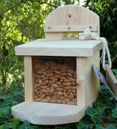 1000 images about v gel und andere tiere im garten on pinterest garten bird feeders and diy. Black Bedroom Furniture Sets. Home Design Ideas