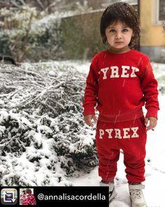 Anche la neve può mostrare il suo lato migliore ❄️📸. Repost from @annalisacordella   #pyrexoriginal 👶 #cutest_kiddies #fashionbeauykids #stylishcutefashionkids #justbaby #cutekidsclub #cutekidsfashion #fashionkidsworld #fashionminis #miniroyalz #toptags #spectacularkidz #ig_fashionkiddies #kids_stylezz #kidsfashionforall #kidslookbook #kidzfashion #mini_stylishkids #bcotwig #trendykiddies #stylishigkids #superfashionkids #kidsfashionreview #pk_feature #trendy_tots #trendykidz_fashion…