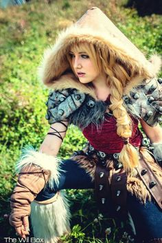 How to train your dragon cosplay group i was just saying yesterday how to train your dragon astrid by tarah rex cosplay ccuart Choice Image