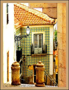 Alfama, Lisboa, Portugal by Bronzatti, via Flickr | Alfama is the oldest district of Lisbon