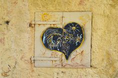 tag coeur sur un volet